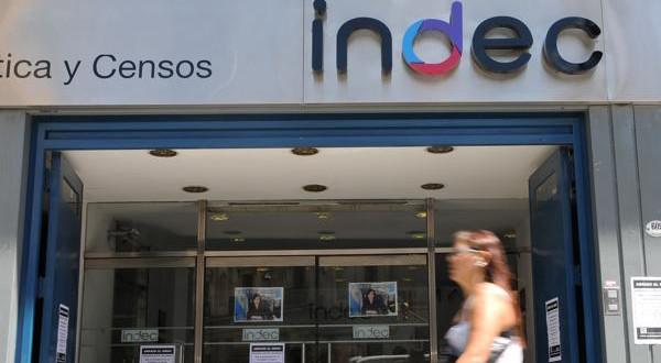 el informe del normalizado INDEC a cargo de Jorge Todesca reveló que unos 14,2 millones de argentinos son pobres.