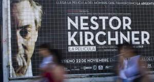 Tochineki, la productora de la película Néstor Kirchner, fue la principal beneficiada.
